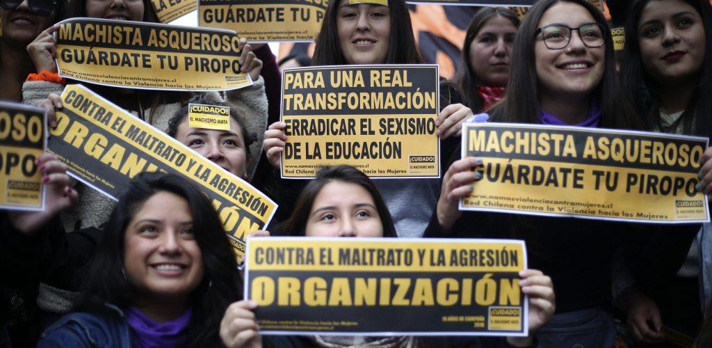 16 de Mayo de 2018/SANTIAGO Cientos de estudiantes comienzan a llegar hasta Plaza Italia, para participar de una nueva marcha feminista convocada por la Confech,
